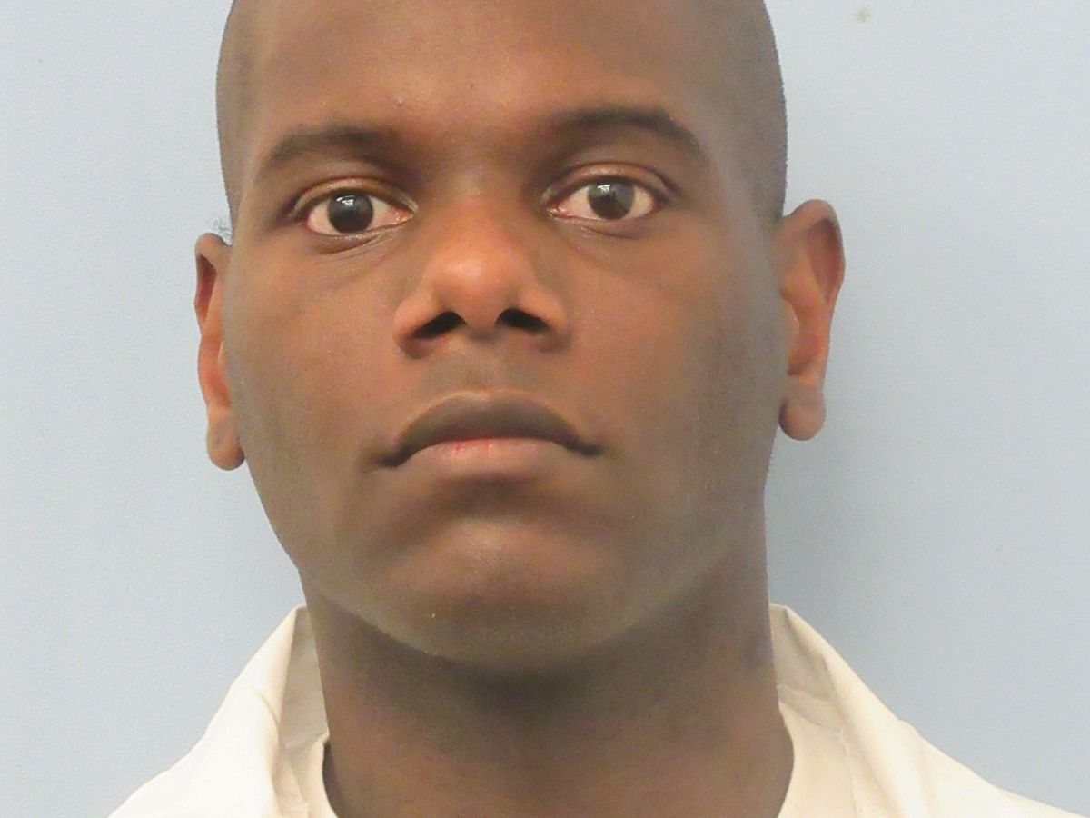 Inmate fatally stabbed at Ventress prison