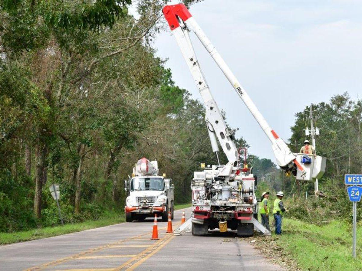 State, regional crews work to restore electricity In Baldwin County
