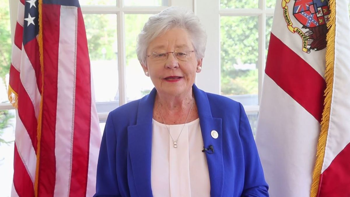 Ala. Gov. Ivey to undergo treatment for lung cancer