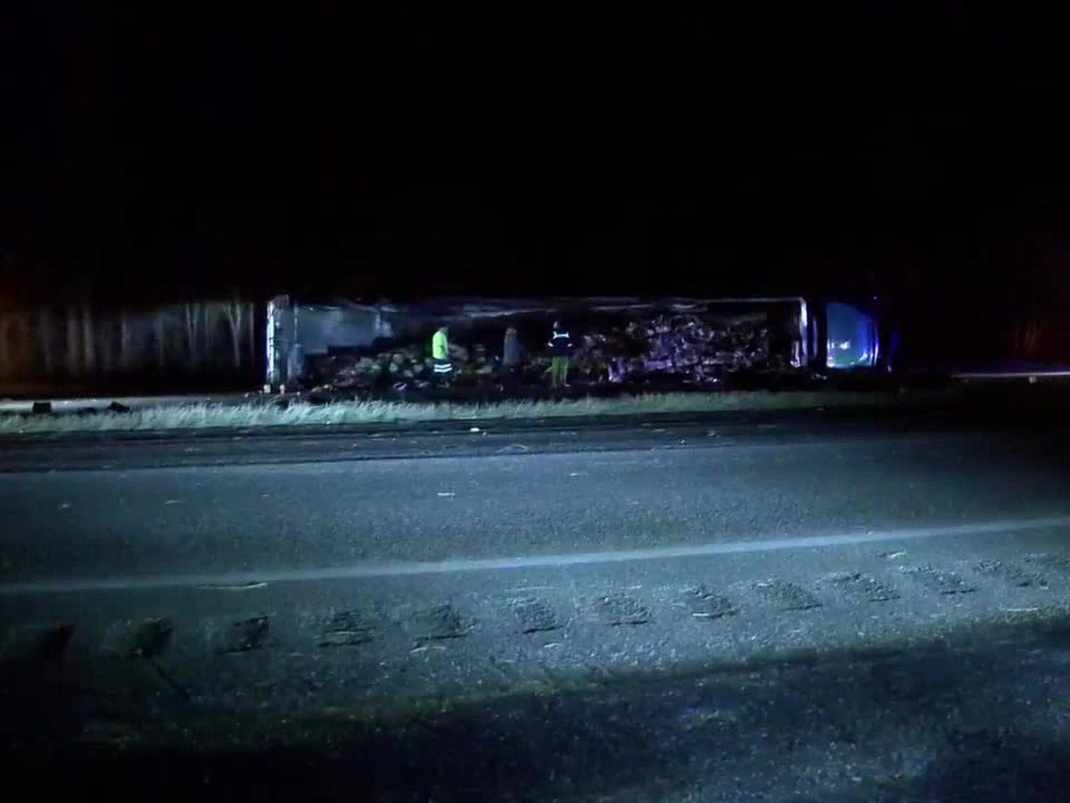 Crash shuts down Highway 231 NB at Trotman Road