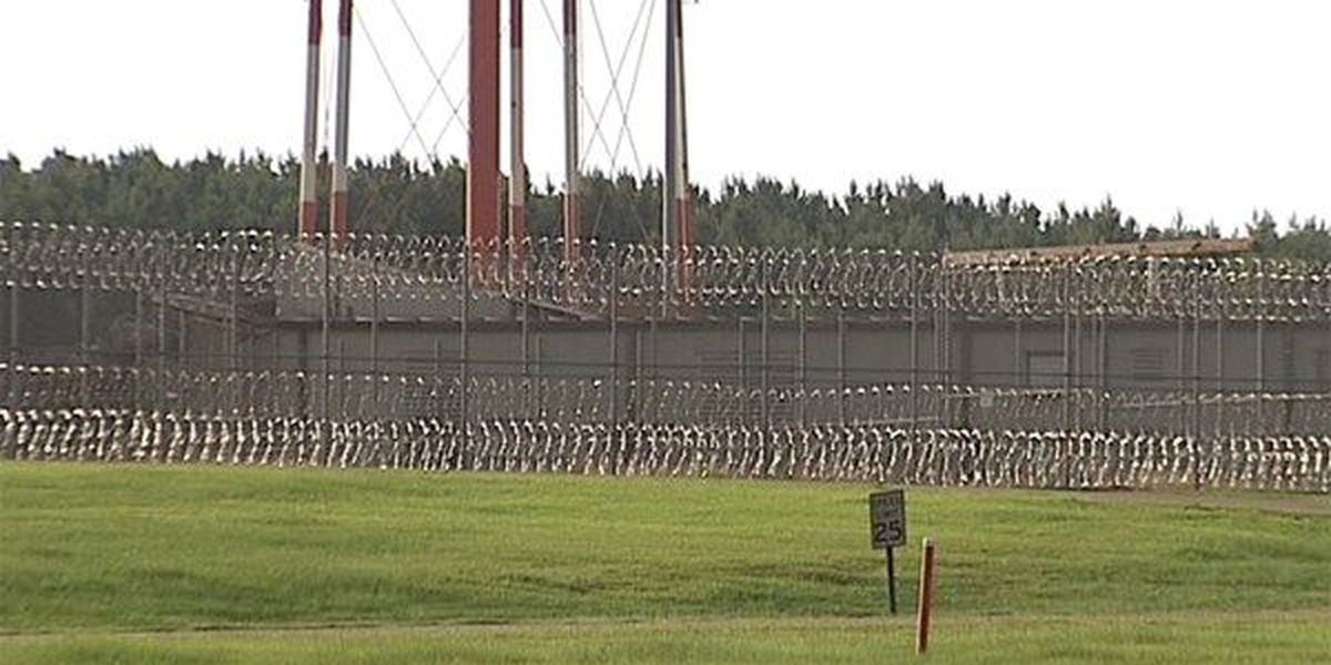 Alabama corrections commissioner still pushing prison plan