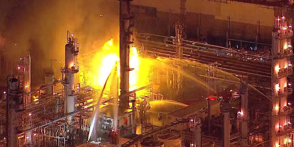 Refinery fire in metro Los Angeles controlled by firefighters