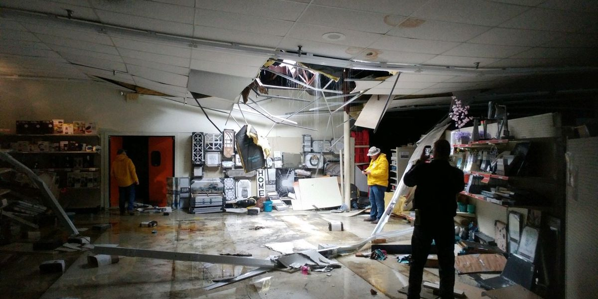 Roof collapses at Big Lots in Sylacauga