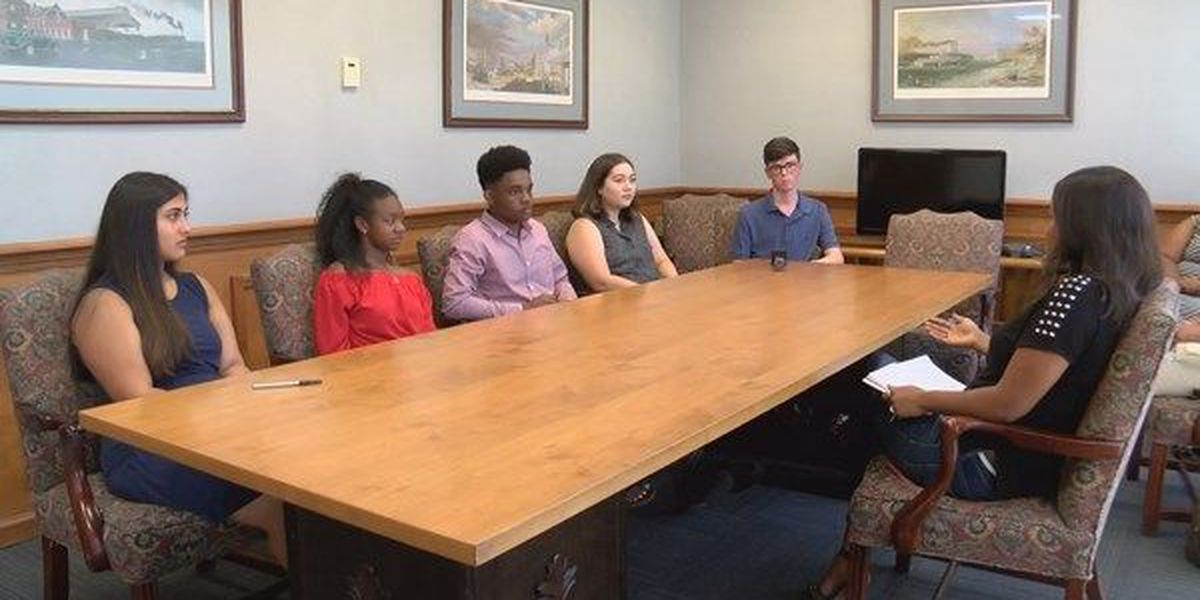MPS students say they're concerned about system's safety, politics