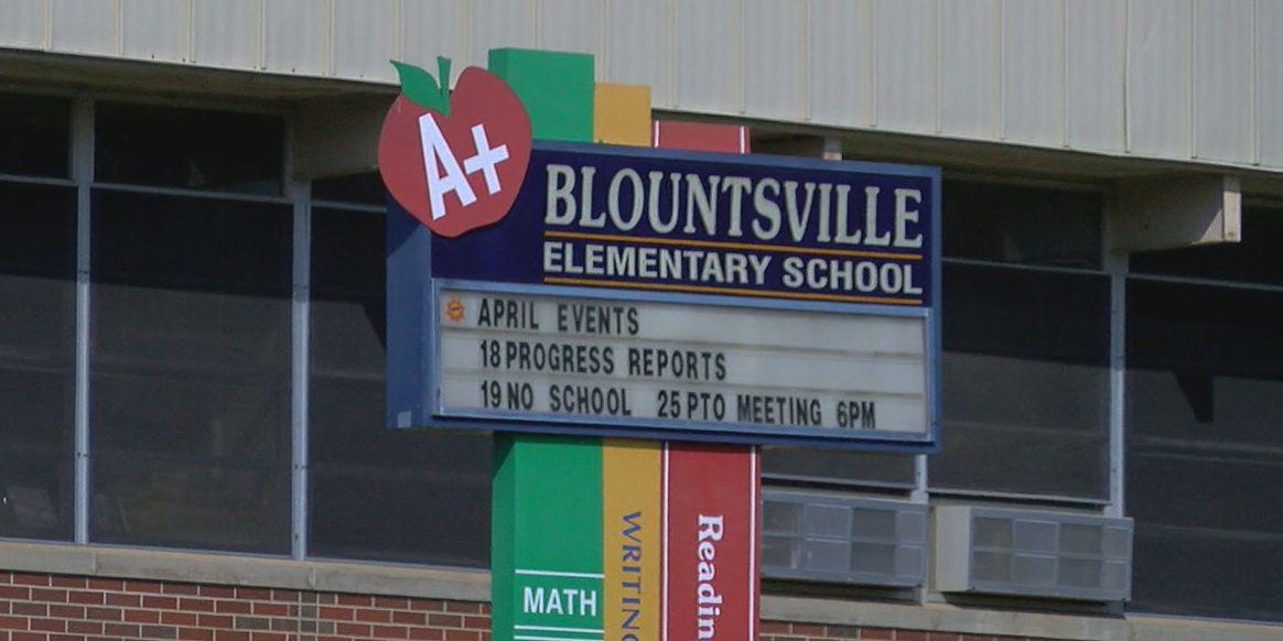 Substitute teacher's gun goes off in Blount County classroom