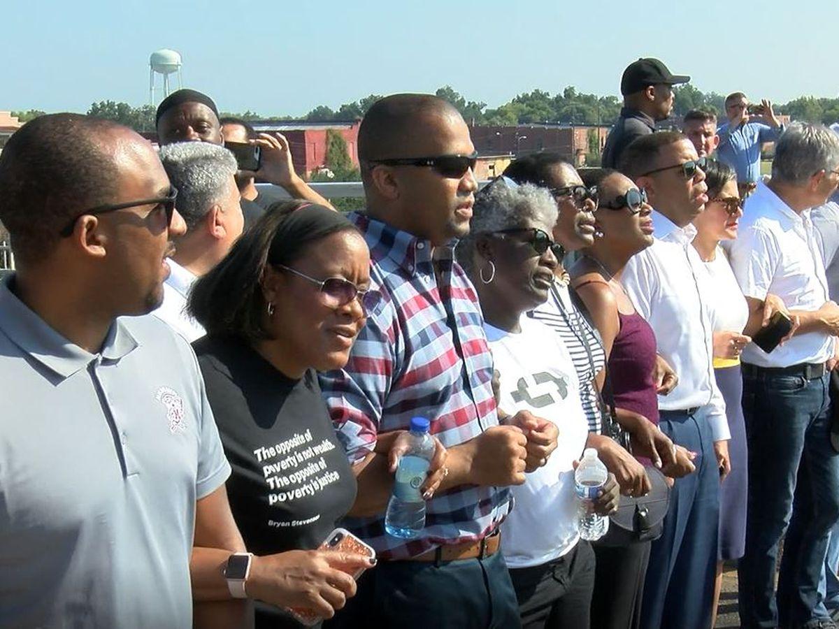 Prosecutors from across U.S. walk Edmund Pettus Bridge in Selma