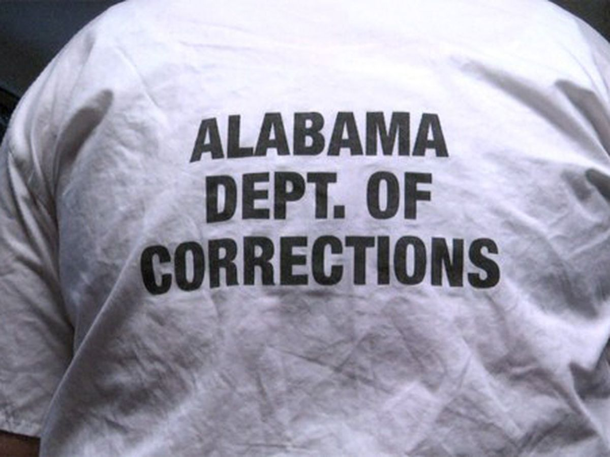 Judge dismisses suit seeking to block Alabama prison leases