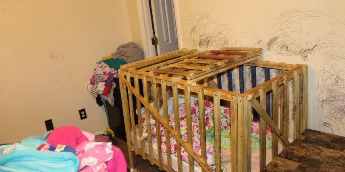 Court Testimony: Cages were covered in feces, urine, insects where Lee Co. children were locked