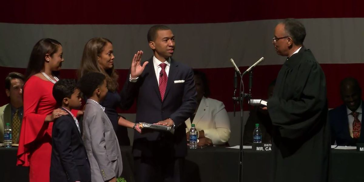 Steven Reed sworn-in as Montgomery's first black mayor