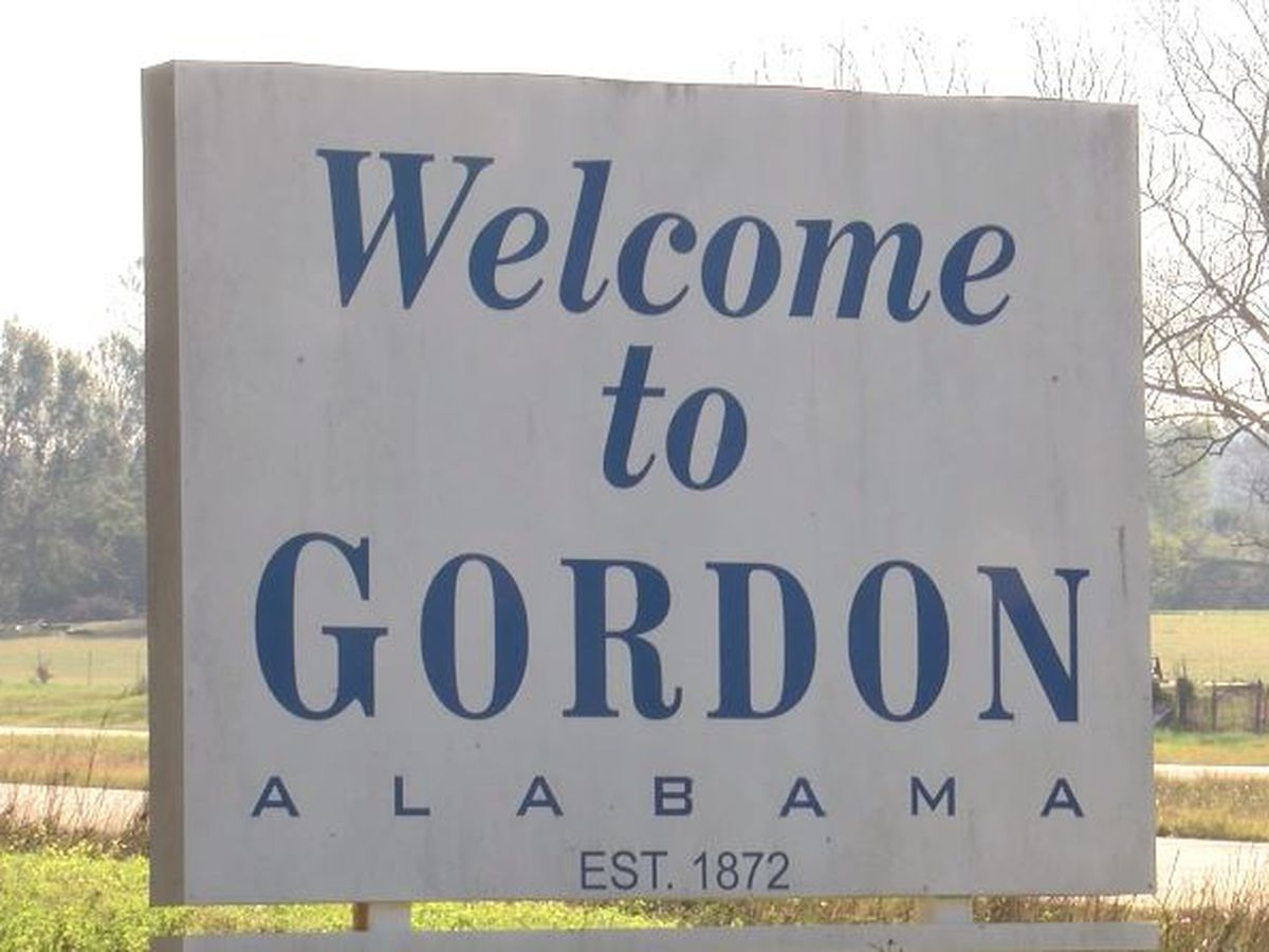 Gordon leaders declare mayor seat vacant