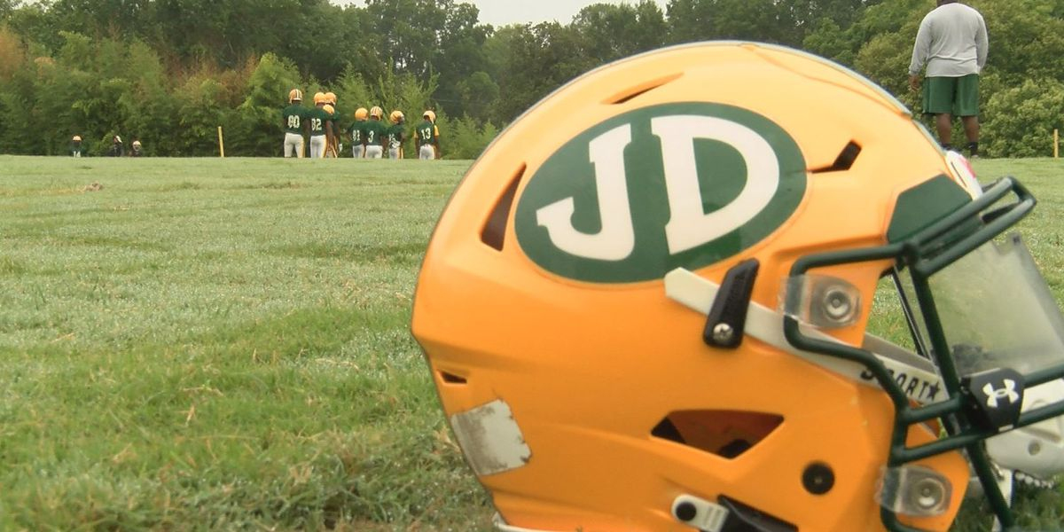 Lee, JD game in jeopardy after player tests positive for COVID-19