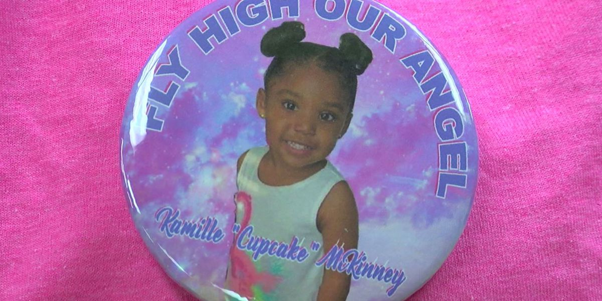 Community honoring Kamille McKinney during Magic City Classic Parade