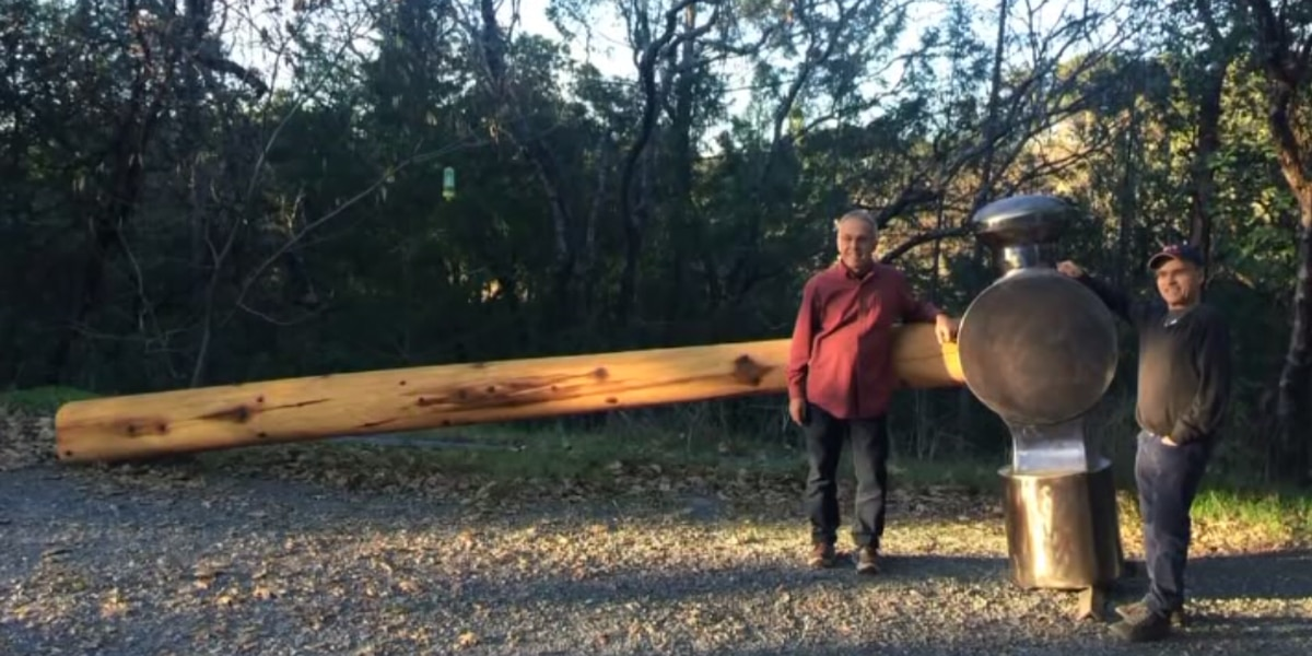 Disappearance of giant hammer artwork baffles community