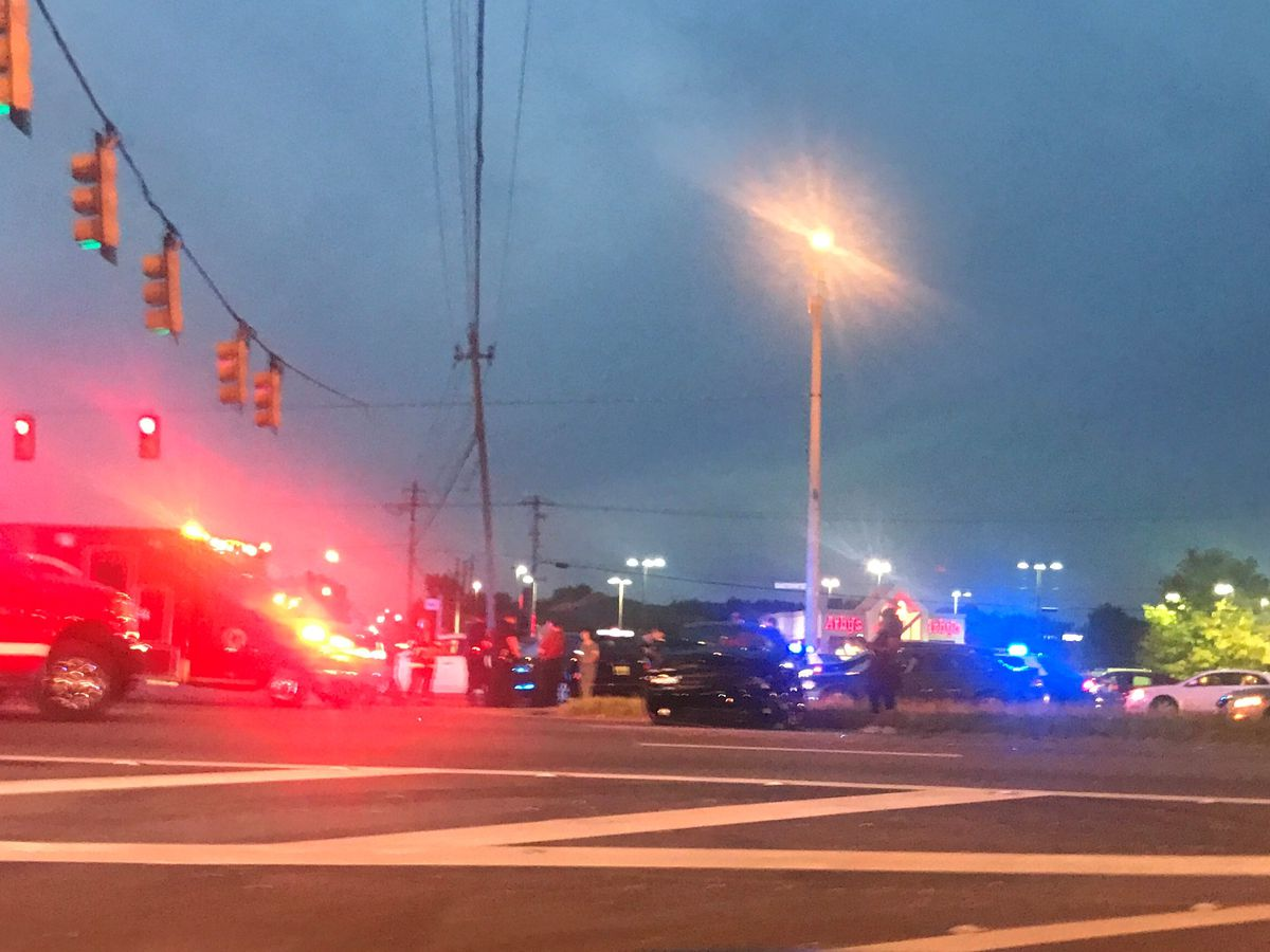 MPD officer involved in multi-vehicle crash