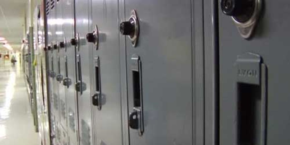Elmore County High School student charged with making threat
