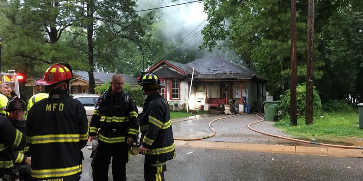Montgomery fire units respond to house fire
