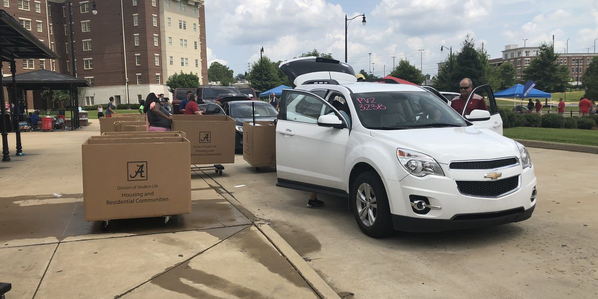 Early move in brings more traffic to University of Alabama campus