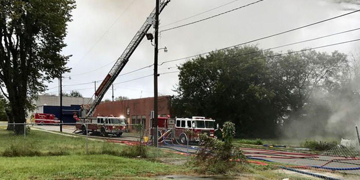 Officials investigating cause of fire inside abandoned building