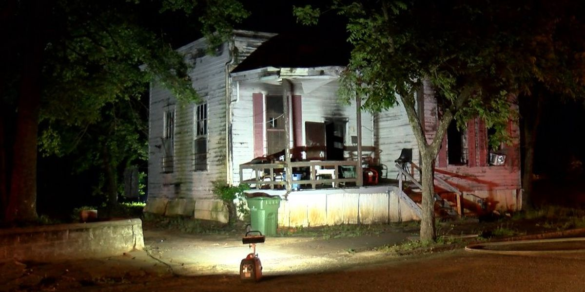 Early morning fire leaves Montgomery home damaged
