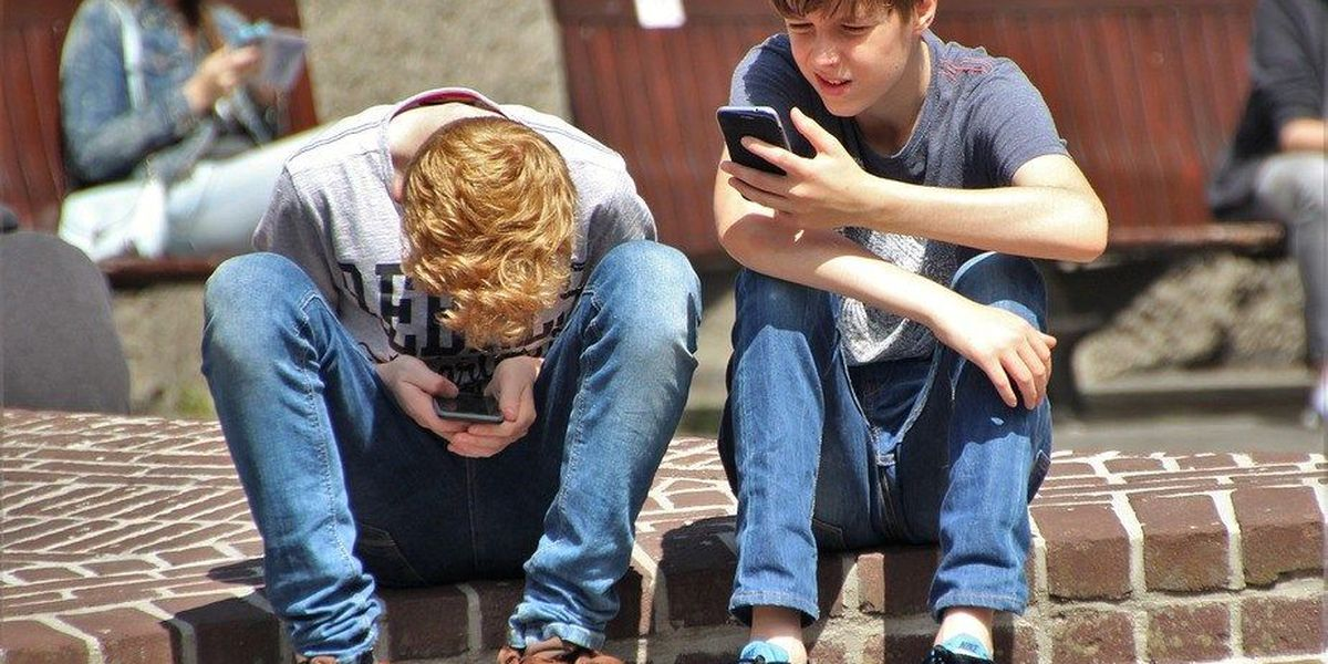 Study shows teens are bullying themselves online