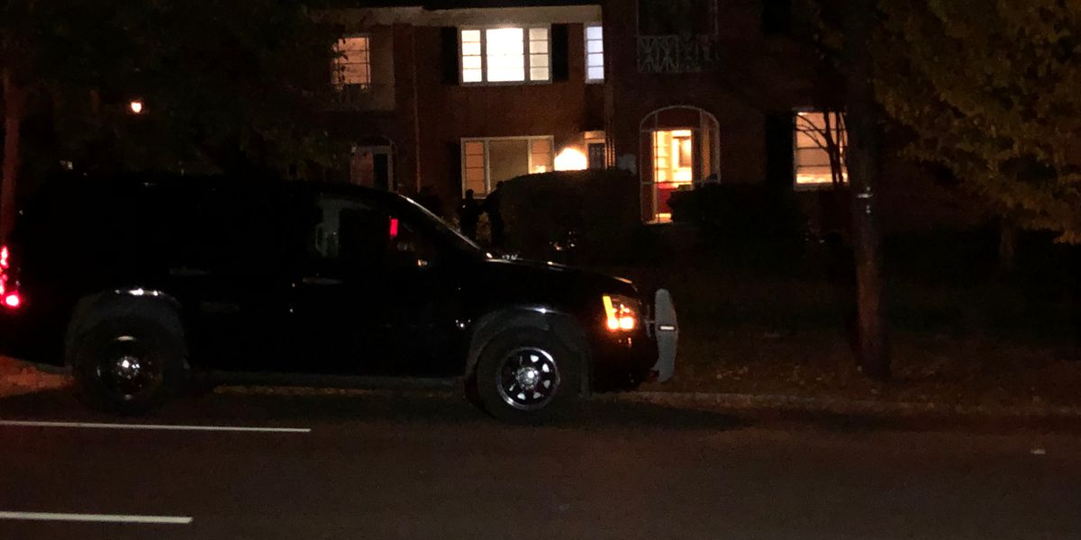 Man robbed, shot near AL governor's mansion