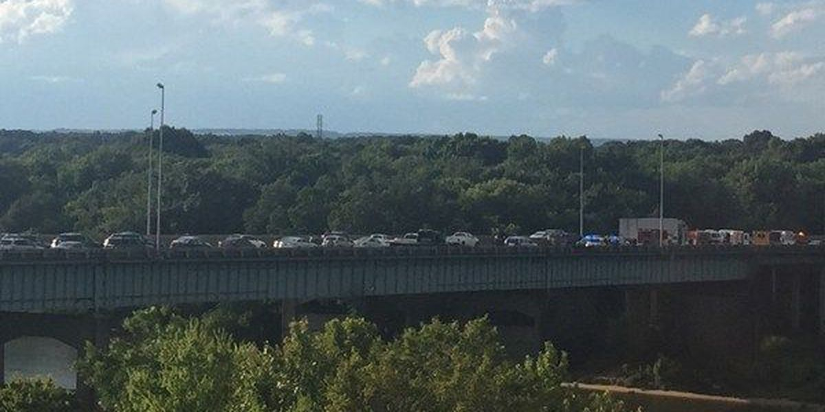 I-65 reopens after multiple-vehicle crash in Montgomery
