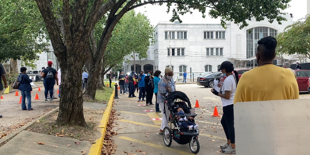 Some voters waiting to cast absentee ballot want early voting