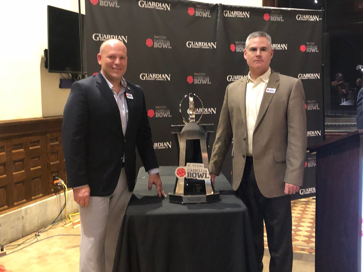 Coaches speak at Camellia Bowl Press Conference
