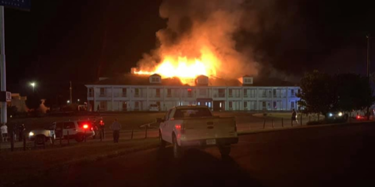 Large fire consuming Greenville hotel