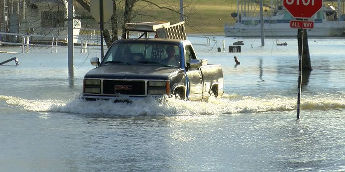 Crews across north Alabama prep for flooding