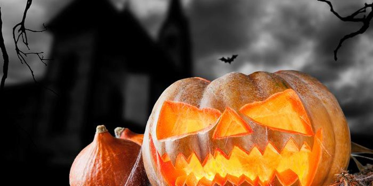 Halloween shoppers expected to spend almost 7 billion in 2015