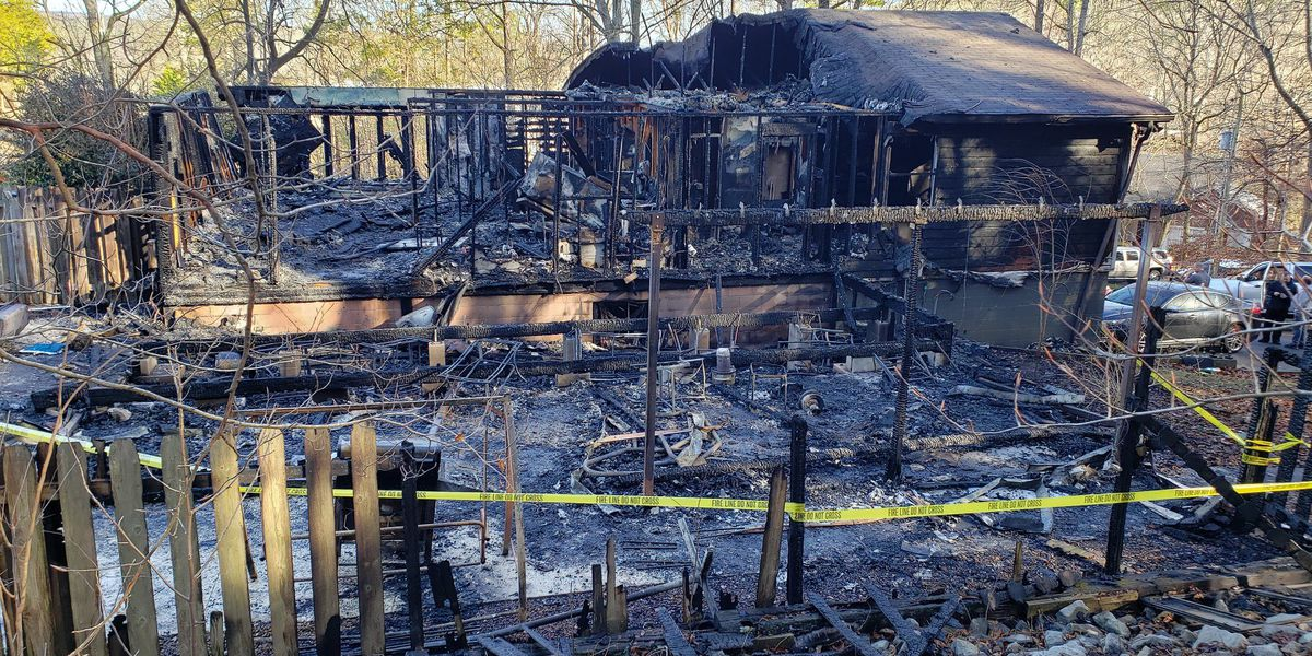Fort Payne police officer loses home in fire
