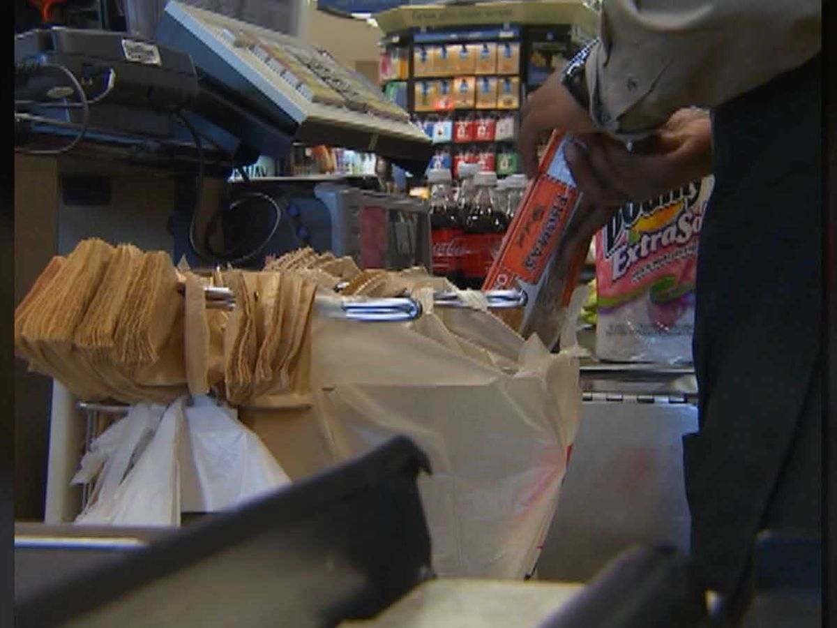 Food stamps guaranteed through February, USDA says
