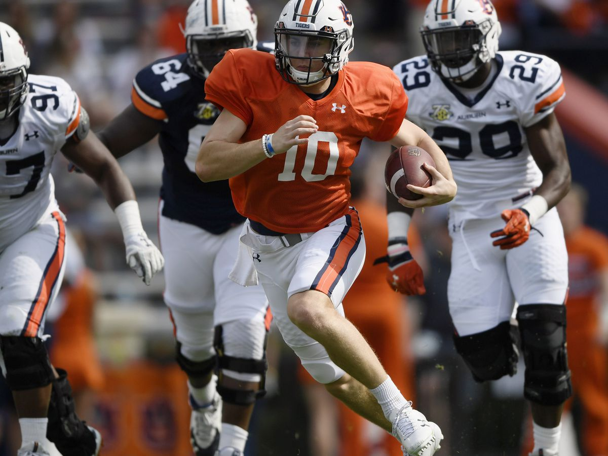 Auburn's QB battle continues on after spring practice