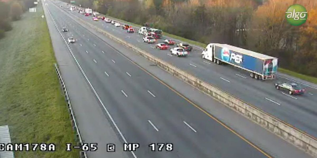 Lanes of I-65 SB open near Cobbs Ford Road after crash