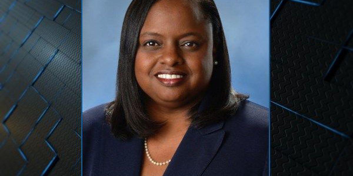 Author, motivational speaker, attorney speaks at AUM Business Breakfast