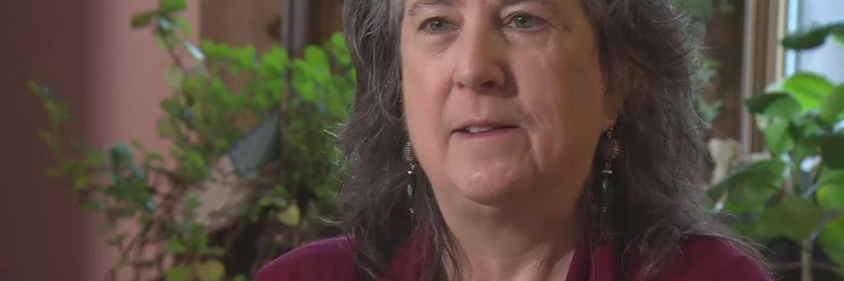 Woman says officer ticketed her for honking at his unmarked police car