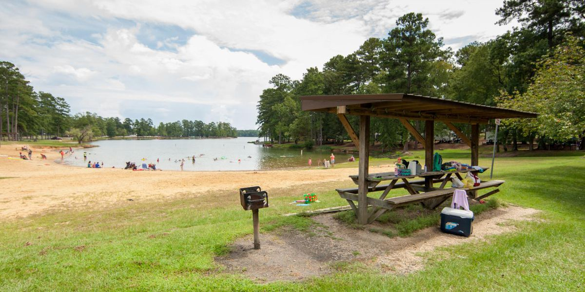 Alabama state parks offering free admission on Friday