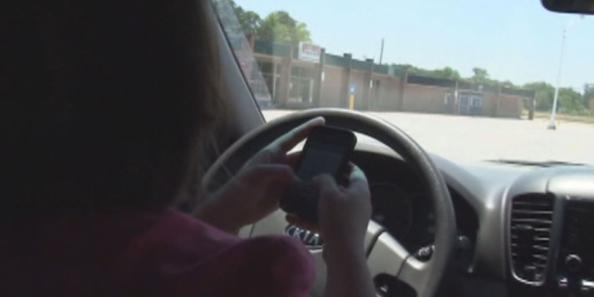 Alabama lawmakers debate distracted driving bill