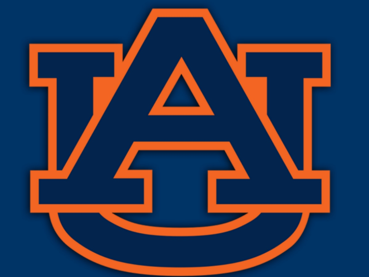 Hot-shooting Auburn wallops South Carolina 109-86