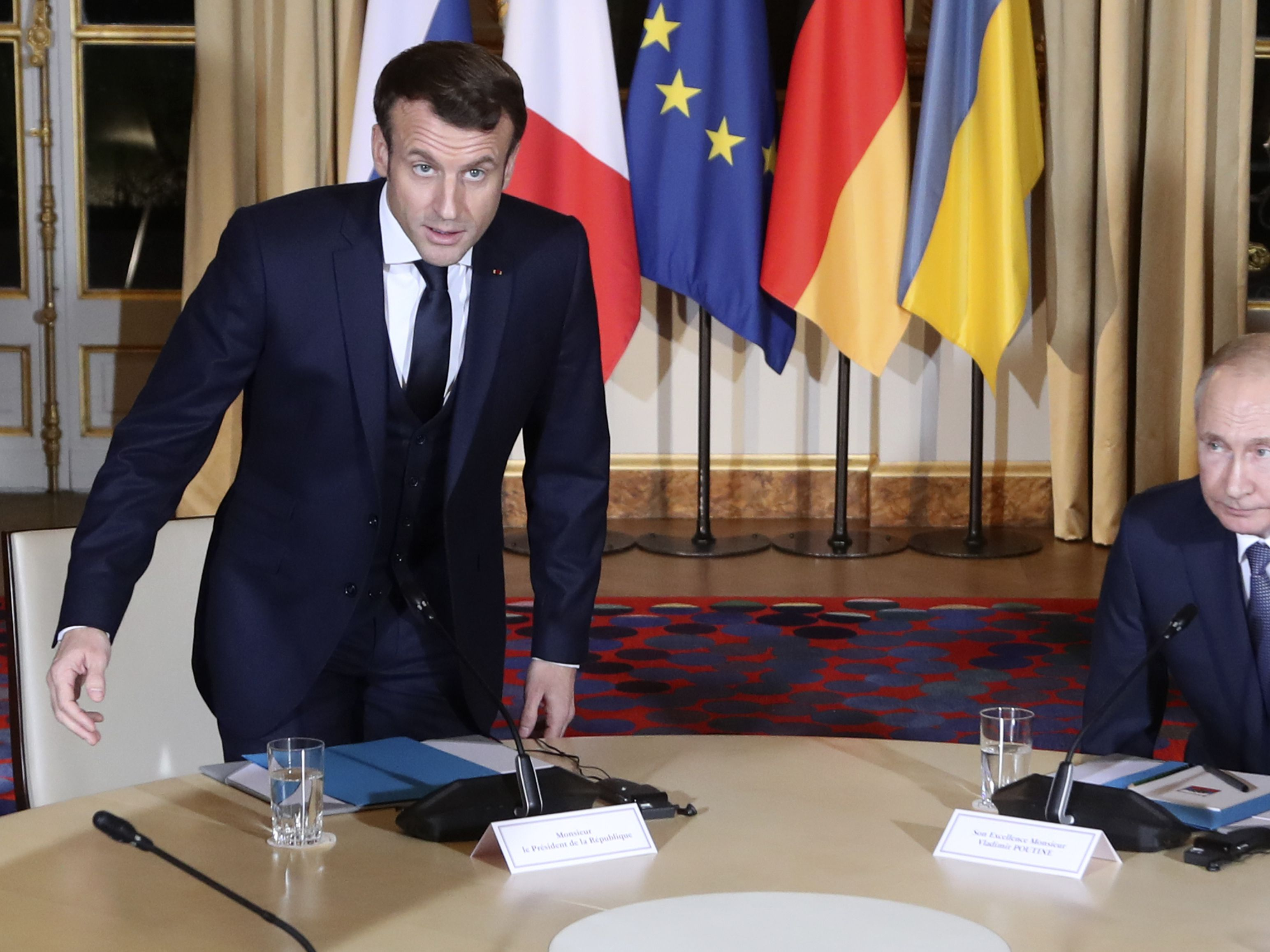 Putin, new Ukrainian leader Zelenskiy meet for first time