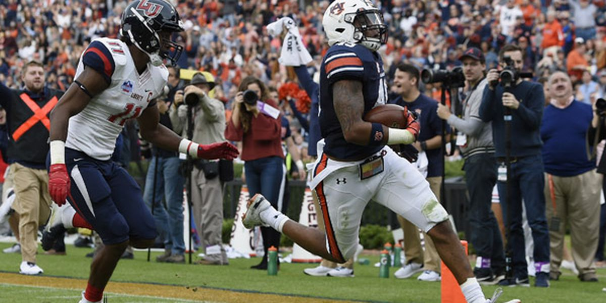 Auburn takes care of Liberty on Senior Day