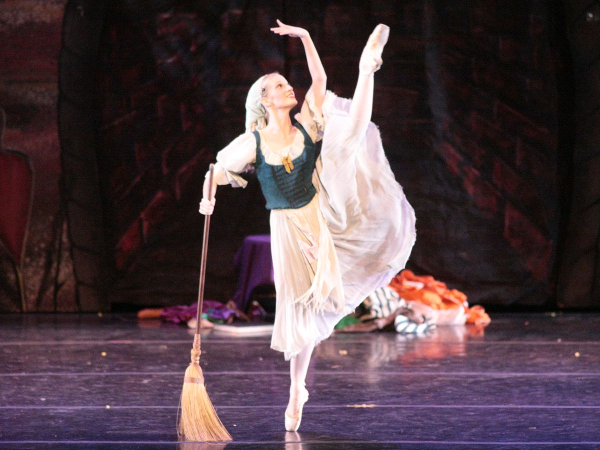 Alabama Dance Theatre to present 'Cinderella' next month