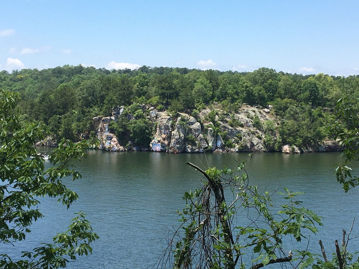 Man injured jumping from 'Chimney Rock' on Lake Martin Saturday