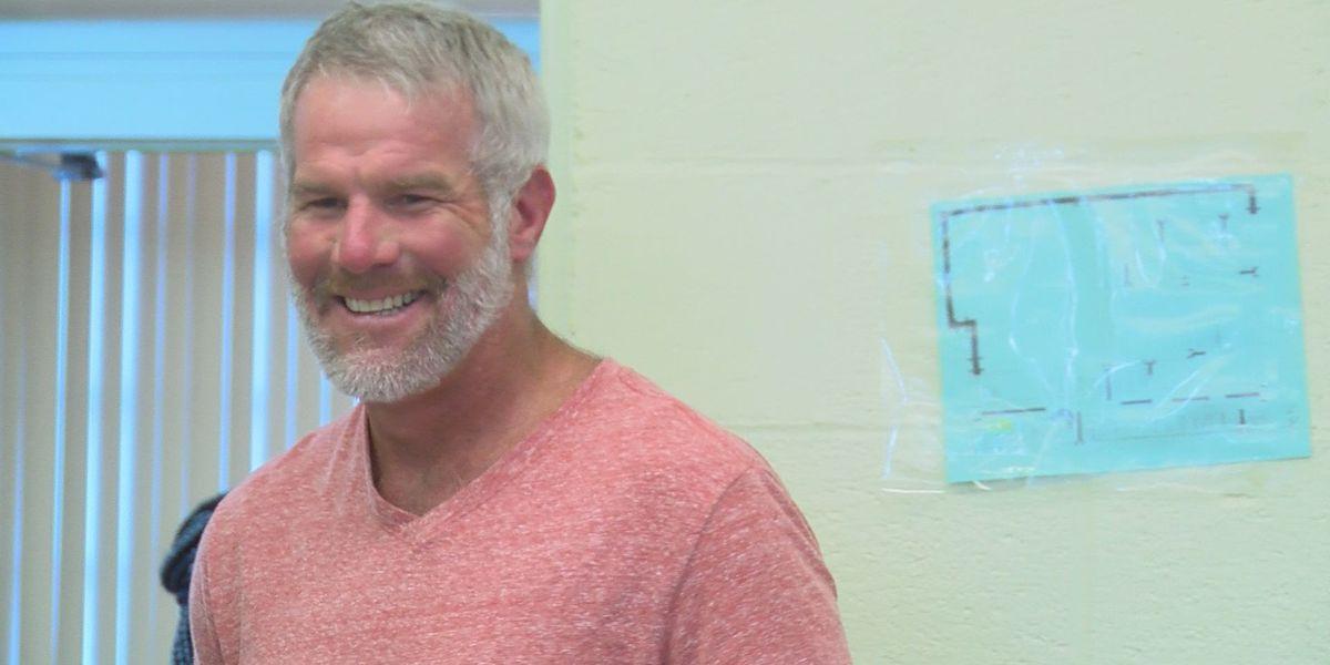 Brett Favre named in Miss. DHS audit report