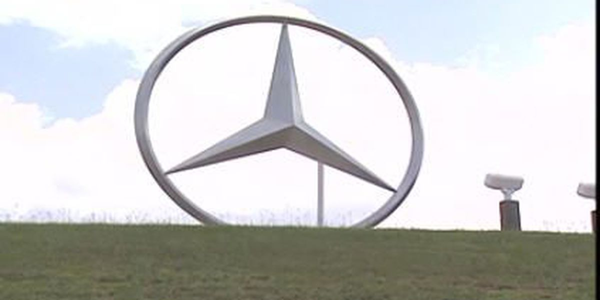 Mercedes-Benz to temporarily halt production in response to coronavirus pandemic