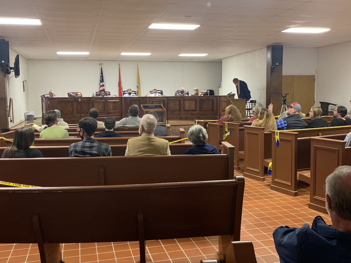 Tallassee residents confront City Council over proposed prison location