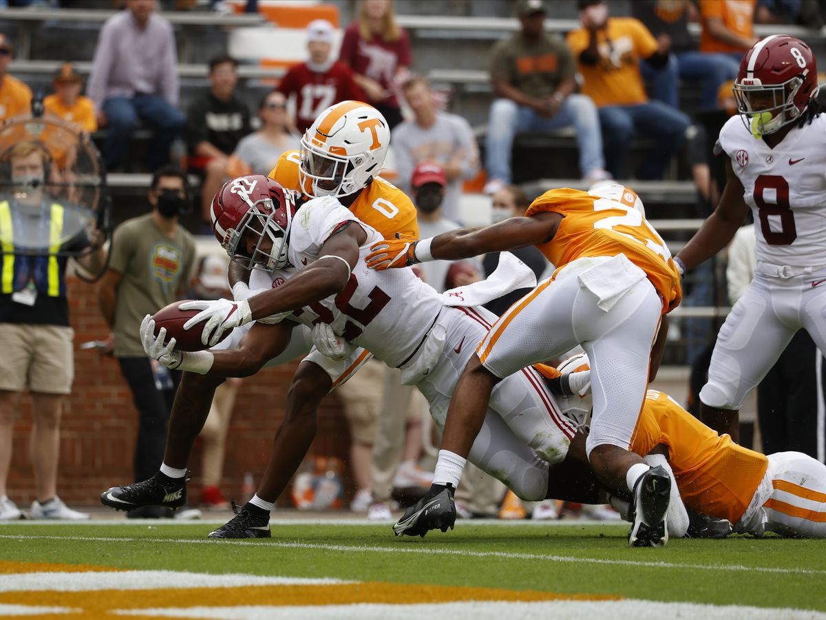 Alabama's 48-17 win over Tennessee costs the Tide one of its star receivers
