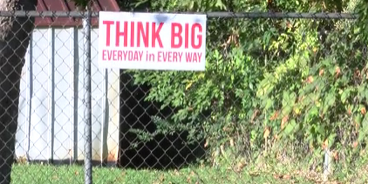 Community educator encourages people to Think Big!