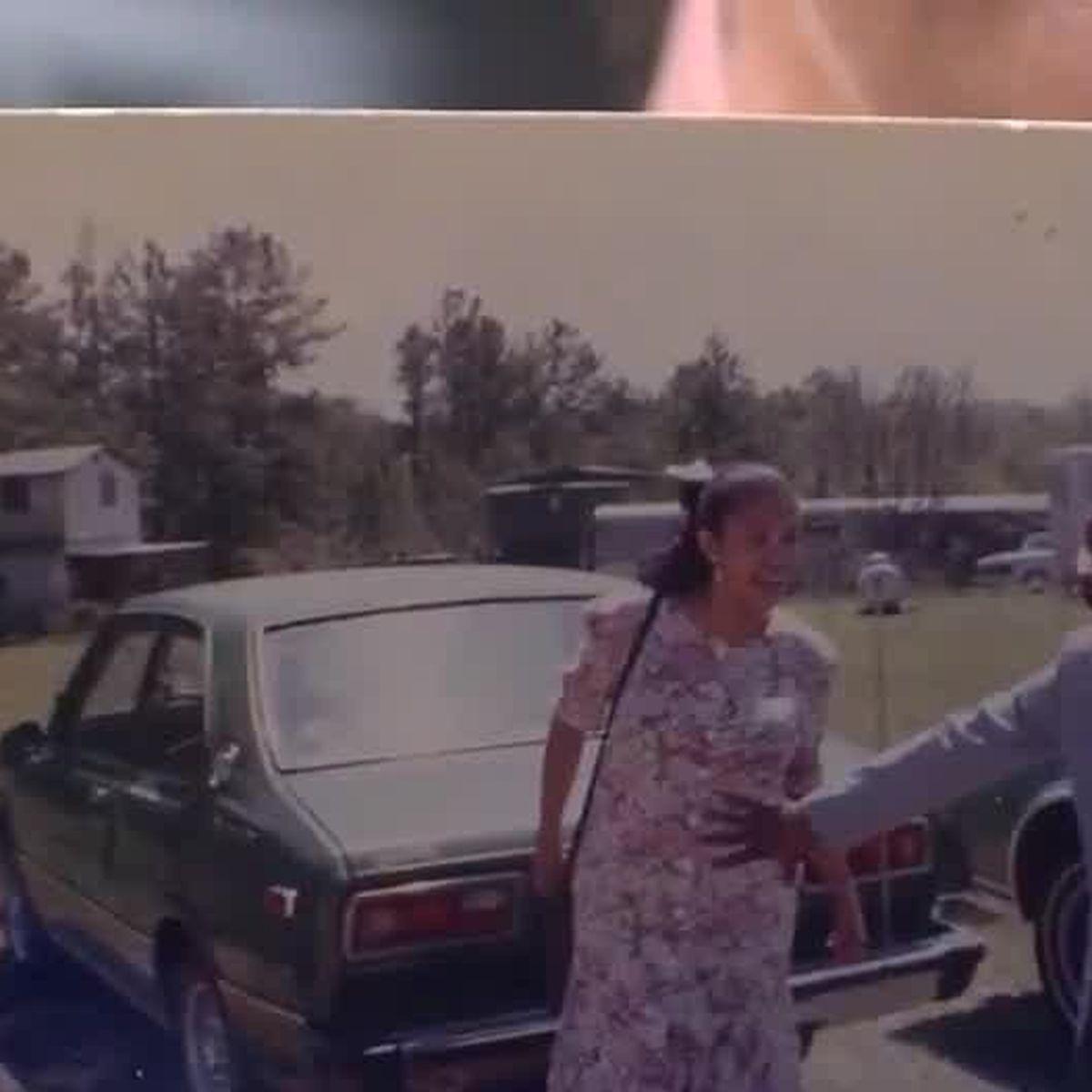 Stranger helps tornado victim reunite with lost photo